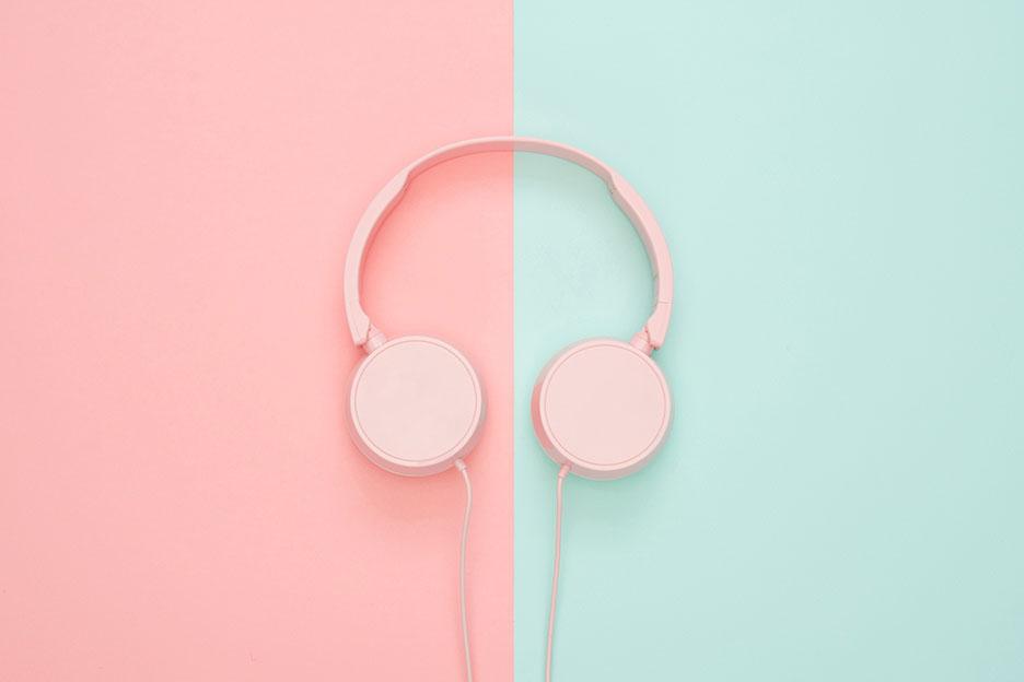 Side headphones